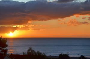 Sunrise2 tokumaru Bay